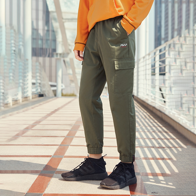 2020 Early Spring New Men's Multi-pocket Overalls Men's And Women's Cropped Pants Casual Pants XF573