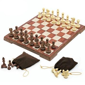 Jeu d'échecs magnétique de 4 tailles avec échiquier pliant en bois, jeu de voyage Portable pour enfants et adultes 1
