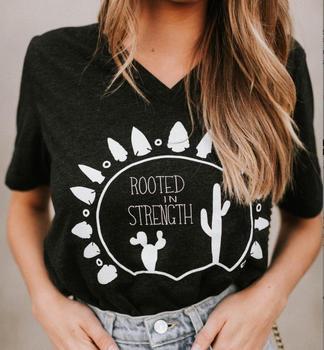 Camiseta con cuello en V de cactus del desierto con raíces en la fuerza, camisetas holgadas de talla grande para mujer