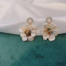 Natural Pearl Flower Earrings for Women Girls Luxury Accsesorios Mujer Pendiente De Perlas Boucle Doreille Femme Wholesale