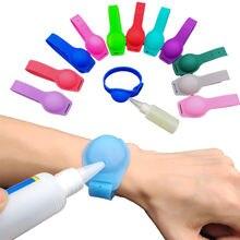 Портативный диспенсер для мыла силиконовый дезинфицирующий браслет