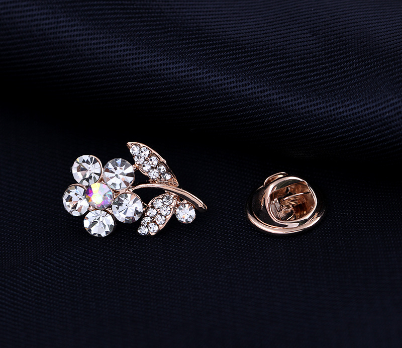Exquisite Crystal Rhinestone Flower Gold Brooches Suit Shirt Collar Lapel Pin Needle Brooch Cardigan Scarf Buckle Women Jewelry in Brooches from Jewelry Accessories