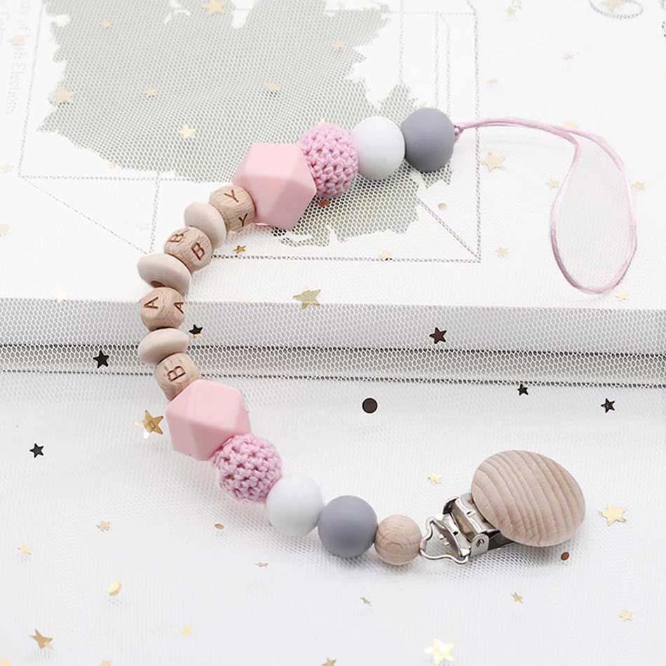 Personalizado de qualquer nome clipe de chupeta de madeira, presentes do chá do bebê, brinquedo de dentição, clipes de manequim, correntes de letras de madeira