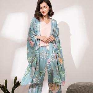 Image 3 - JULYS şarkı 4 parça yumuşak sonbahar kış kadın pijama setleri çiçek baskılı pijama şort kadın eğlence kıyafeti takım elbise