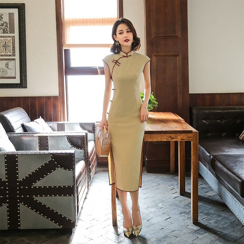 Solid Color Short Sleeve Vintage Cheongsam Chinese Women Satin Qipao Oversize 3XL Evening Gown Mandarin Collar Sexy Dress