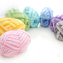 Multi-colored Combed Cotton Baby Line Fine Wool Crochet Diy Children Cotton Yarn Comfortable Wool Blended Yarn Apparel Sewing tanie tanio Cotton Blended Yarn Dyed Cotton Acrylic Hand Knitting Open End OE Anti-Pilling Member