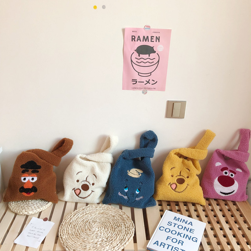 Winter Cartoon Handbags Plush Shoulder Bag  Cute Bear Face Embroidery  Hand Bag  Women Solid Color Ladies Bag Tote Size 28*30cm