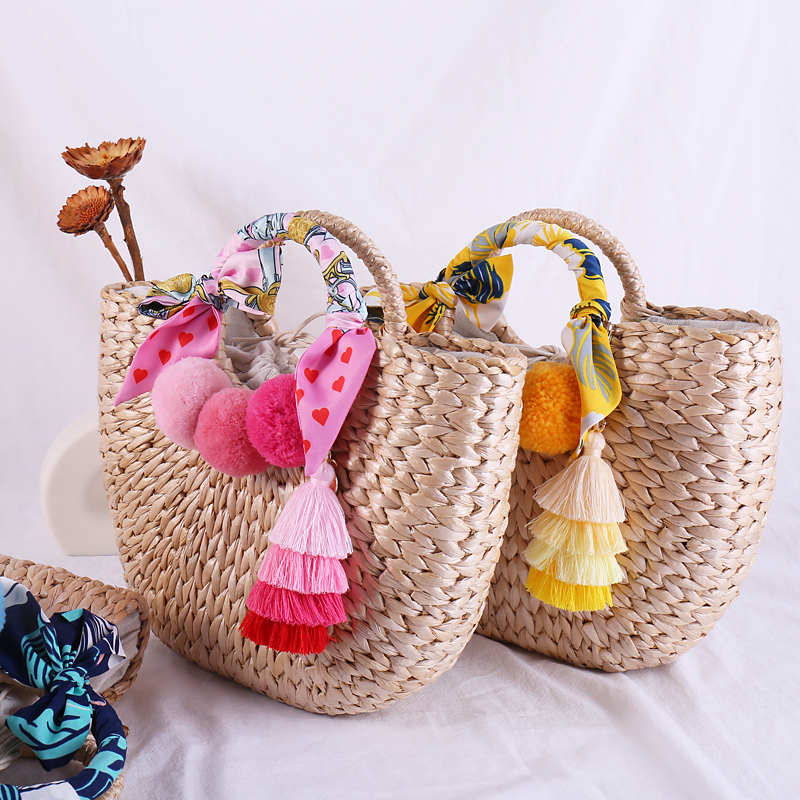 Women's Bohemian Bag with Tassel Ladies Hand Bags Straw Basket Large Tote Summer Beach Bag for Womens Handbags and Purses