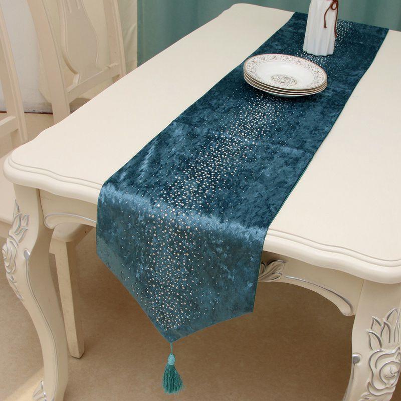 High-grade European Table Flag Luxury Velvet Stars Crystal Decor Table Cloth Table Runner Home Decoration
