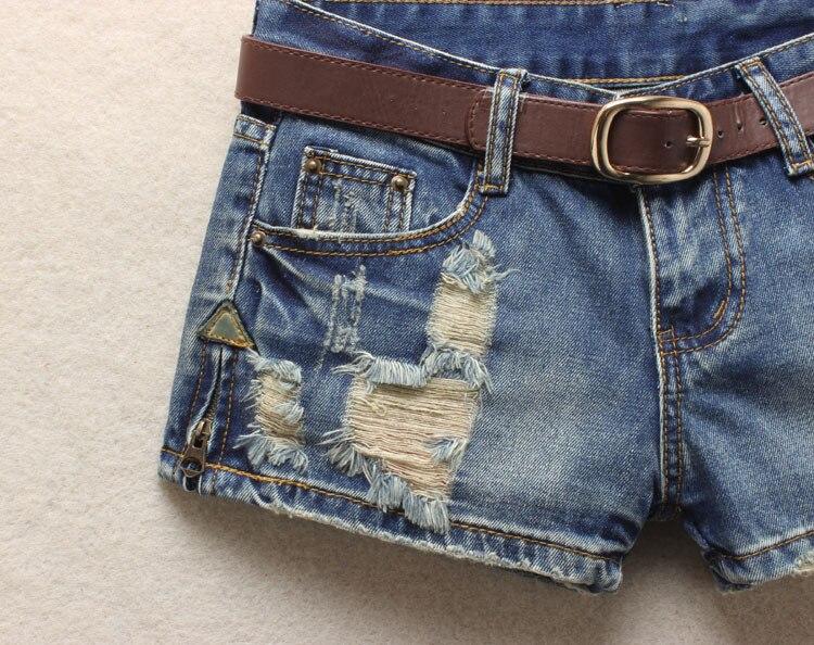 Women Sexy Mini Shorts Rivet Holes Jeans Low Waist Shorts Without Belt Ripped Denim Short 29