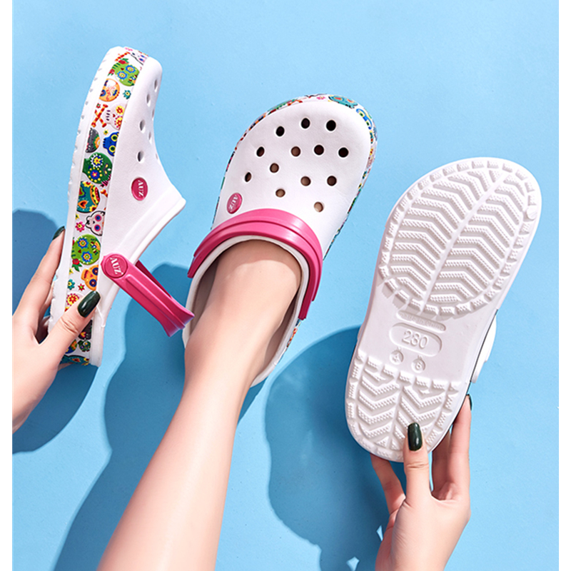 Sandals Women Shoes Slippers Clog Pregnant Women's Slippers Summer Thick Bottom Beach Shoes Anti-skid Student Lovely Hole Shoes