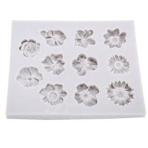 Image 2 - Molde de silicona para Fondant de 11 agujeros, molde para pastel de flores DIY, molde para pastel de azúcar de Chocolate, herramienta de decoración reutilizable para hornear en la cocina