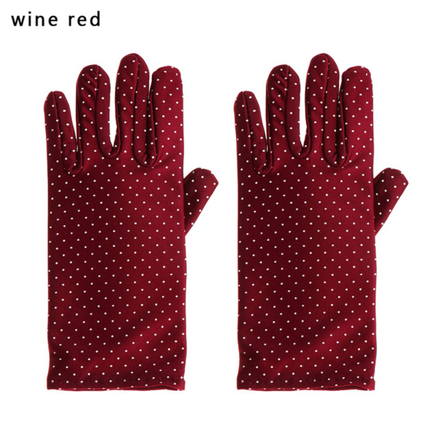 1 Pair New Fashion Sunscreen Wrist Gloves Dot Elastic Mittens Women Gloves Knitted Fabric Vintage Mittens For Drive Wholesale 4