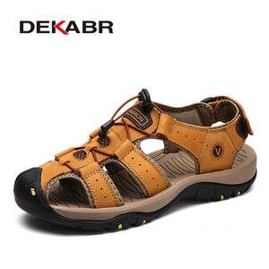 Image 1 - DEKABR جلد طبيعي الصنادل لينة في الهواء الطلق حذاء كاجوال الرجال العلامة التجارية الصيف الأحذية الجديدة كبيرة الحجم 38 48 رجل الموضة الصنادل