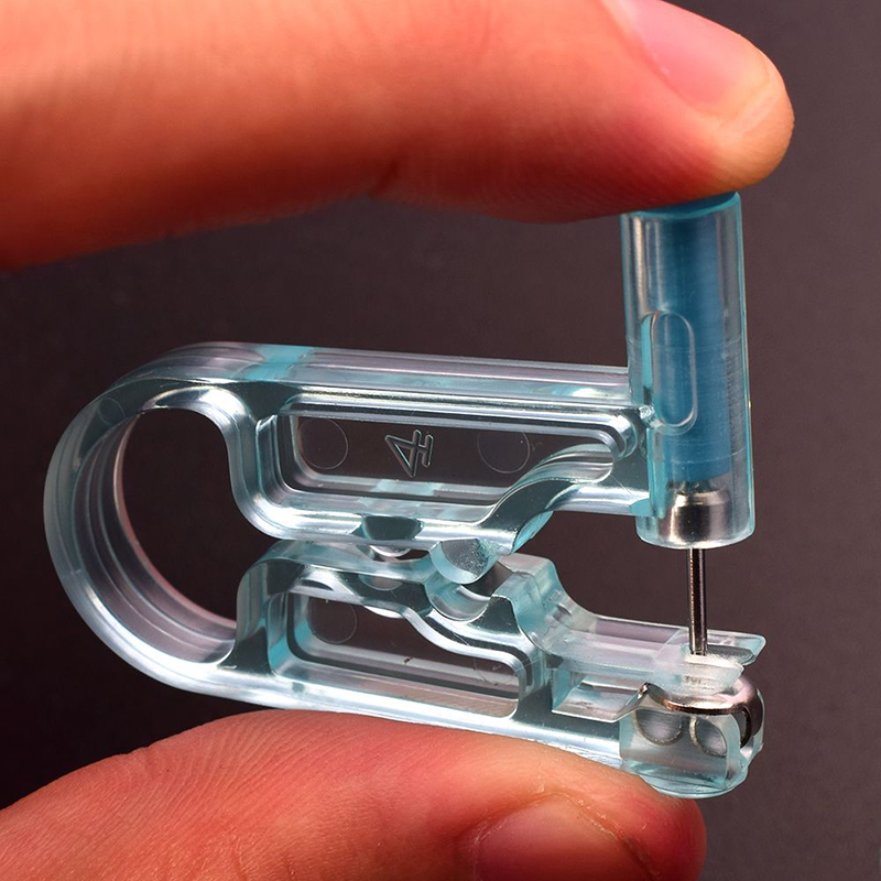 1 Set Blue Disposable Sterile Ear Piercing Unit Helix Tragus Piercing Gun Tool Kit Asepsis Piercer Nose Ring Earpiercing Machine