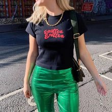 Exotica Erotica Letra Impressa Verão Estilo Moda de Rua Legal Grunge Mulheres Negras T-Shirt 70S Moda Vintage Sexy Feminino Tee
