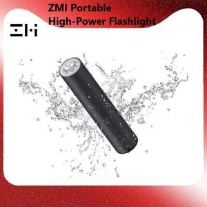 Image 1 - Xiaomi ZMI LPB02 מיני כוח בנק 5000mAh עם פנס LED 18w QC3.0 PFast טעינה מxiaomi אקולוגי מערכת עבור Iphone 8 X