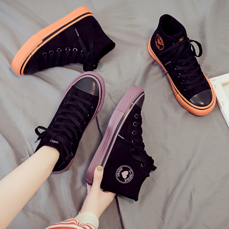 Fashion High-top Vulcanize Shoes Female 2019 New Winter Warm Fashion Sneakers Solid Retro Comfortable Flat Casual Shoes Woman