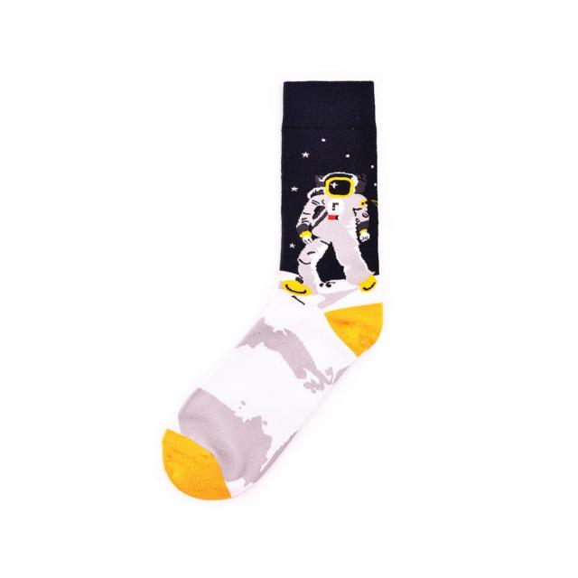 Colorful Men's Crew Skateboard Socks Funny Design Combed Cotton Dress Wedding Socks Space Man Pattern Fashion Casual Party Sock 2