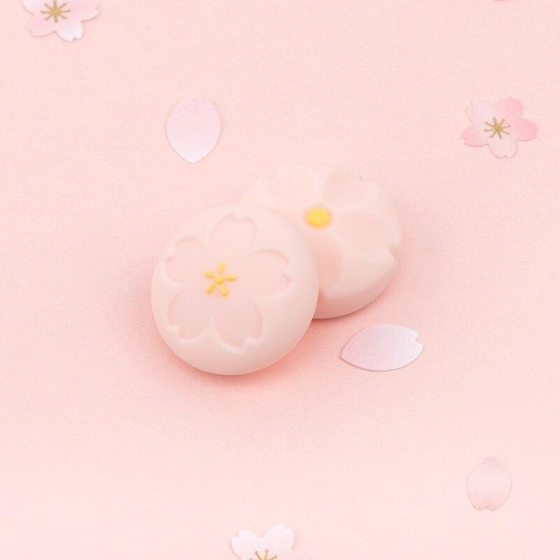 GeekShare-Juego de 4 Uds. De agarre para el pulgar, Sakura rosa de silicona, tapas de Joystick, cubierta para interruptor y Lite, empuñaduras analógicas para Thumb Stick