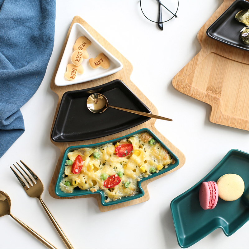 Wood snack dishes (2)