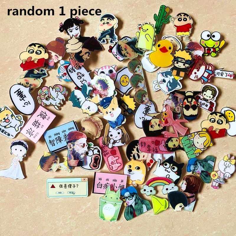 Al azar 1 1 Uds dibujos animados anime de naruto Pokemon insignia en acrílico para ropa Kawaii iconos en la mochila pin broche distintivo