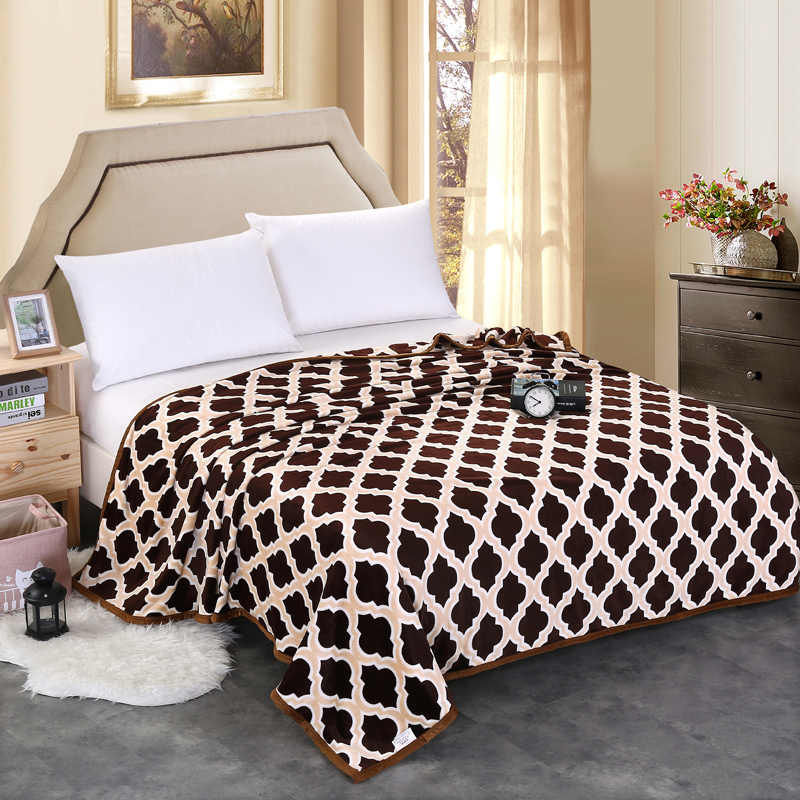 Grid High quality Thicken plush bedspread blanket 200x230cm High Density Super Soft Flannel Blanket  for the sofa/Bed/Car