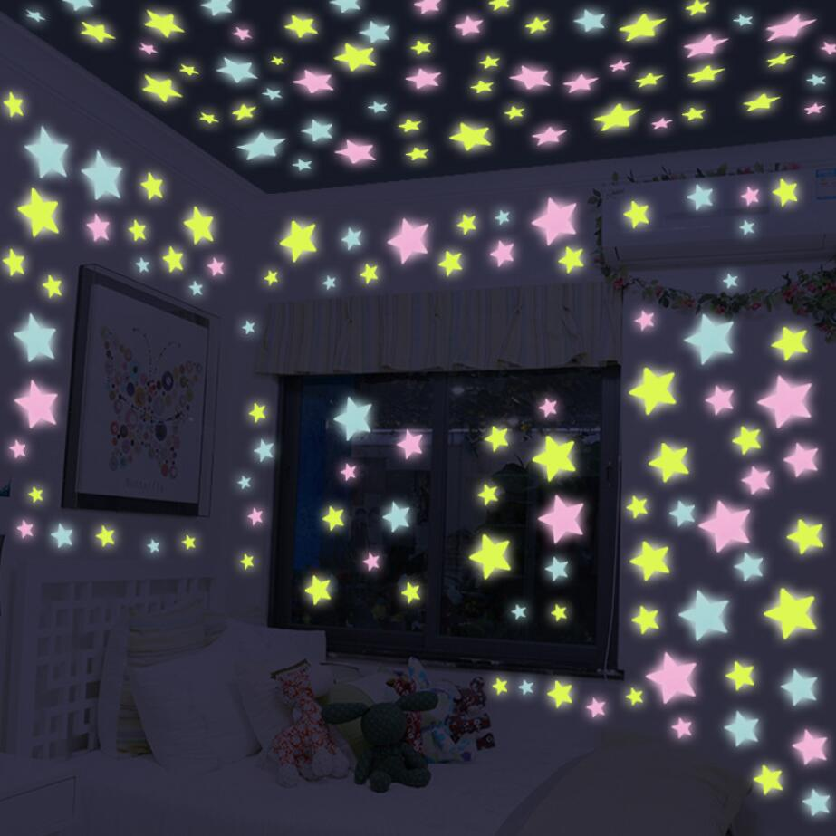 50pcs 3cm Luminous Star Stickers Toy Glow in the Dark Stickers Bedroom Sofa Fluorescent Painting Toy PVC Stickers for Kids Room
