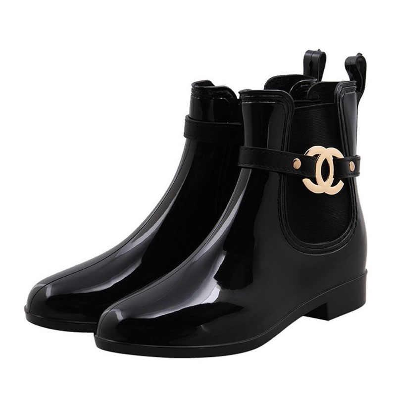 Yeni kauçuk ayakkabı kadın yağmur çizmeleri kızlar bayanlar için yürüyüş su geçirmez PVC kadın botları kış kadın ayak bileği Martin Rainboots 36-41