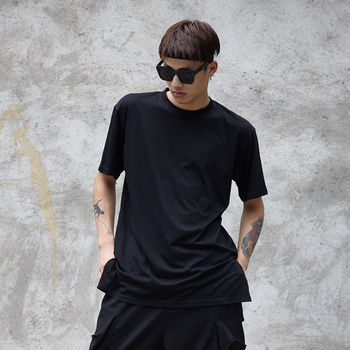 Men's T shirt 2020 summer new slim solid color five-point sleeve T shirt loose casual fashion personality youth men's wear