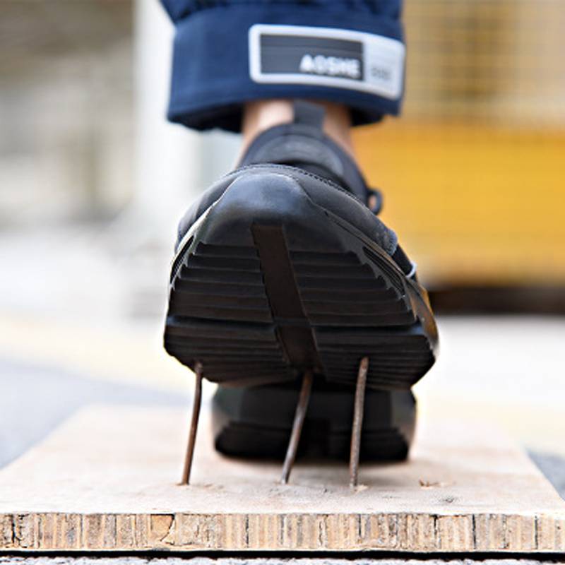 Men Shoes Work Safety Shoes Lightweight and Comfortable Non slip Steel Toe Cap Wear resistant Breathable