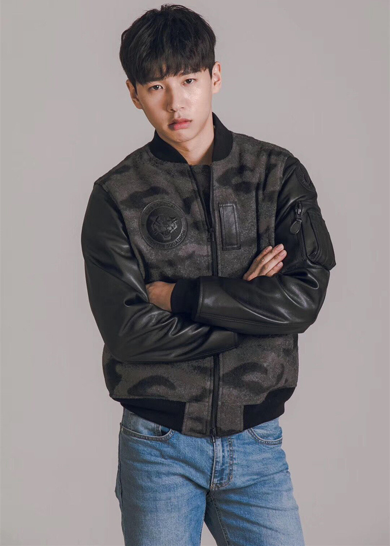 Free Shipping,2020 Quality Woollen Cloth Flight Jacket.mens Spring Soft Warm Outwear.fashion Classic Casual Leather Coat.