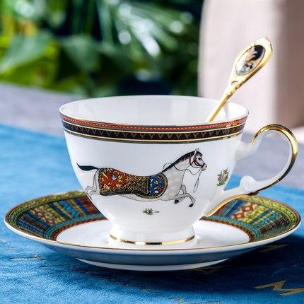 Костяной фарфор, чайная чашка, блюдо, набор для дома, европейская кофейная чашка и блюдце, набор, маленький, роскошный, английский, керамичес...