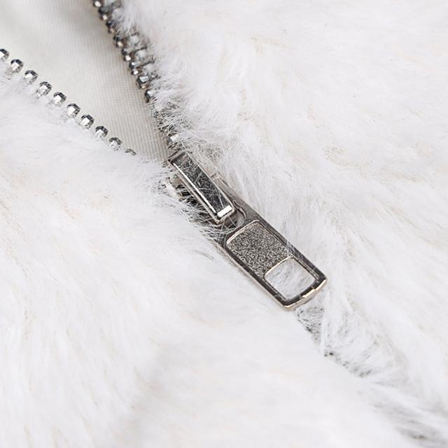 Viifaa White Fluffy Hooded Faux Fur Crop Coat Women Winter Streetwear Drop Shoulder Going Out Outerwear Fake Fur Jacket