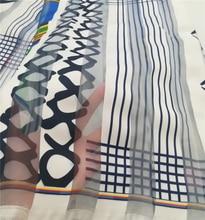 สีดำและสีขาวออกแบบแอฟริกันพิมพ์ Organza และริบบิ้นผ้าริบบิ้นหนาผ้าวัสดุ 5 หลา Lot RIB 32