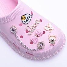 Bling strass designer encantos acessórios de sapato para sapatos croc sandálias decoração metal tag carta accesorios personalizado