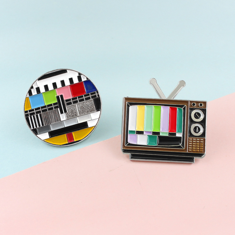 Cartoon Fun Television Stop Retro Retro Enamel Brooch Custom Alloy Badge Clothes Bag Pin Woman Jewelry Accessories Gift For Kid