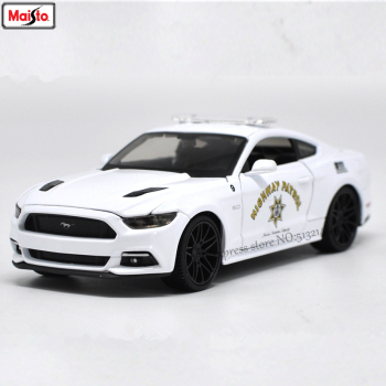Maisto 1:24 Ford 2015 Mustang GT police car alloy authorized car model crafts decoration toy tools Collecting gifts maisto 1 18 2017 ford gt yellow silver blue car diecast exquisite luxury car toy model collecting car model for men gift 31384