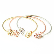 Hot 1pc Gold Color Austrian Crystal Hollow Charming Rose Flower Chain Bracelet For Women Jewelry Wholesale цена 2017