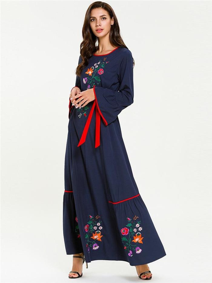 Muslim Dress Embroidery Fashion Party Islamic Kaftan Party Vintage Evening Dubai Long Muslim Dress 7647