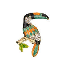 New Toucan Bird Brooches Colorful Enamel Rhinestone Crystal For Women Trend Pelican Bird Brooch Pins Jewelry Accessory enamel bird shape with rhinestone on branches brooches
