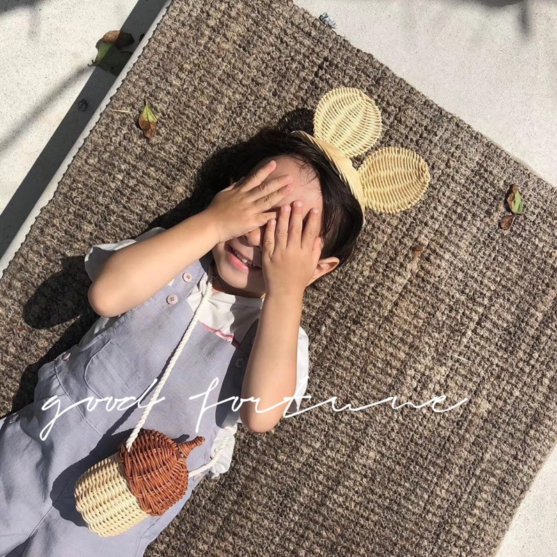Children Cute Pinecone Crossbody Bag Children Creative Hair Woven Messenger Bag Handmade Rattan Straw Bag