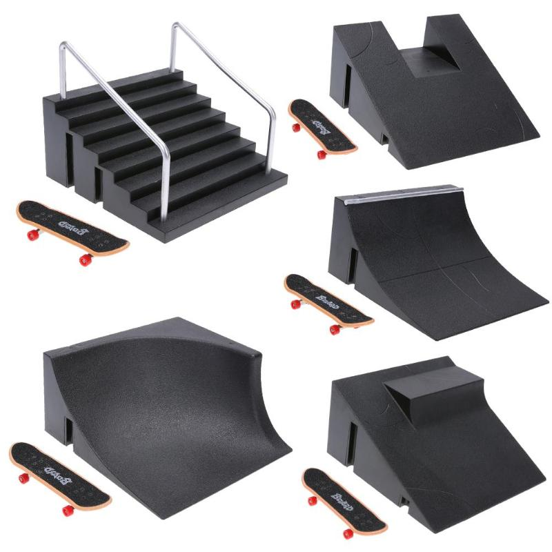 Finger Skating Board Training Games Toys With Ramp Parts Track Toys Skate Park Fingerboard Mini Skateboard Toys Christmas Gifts