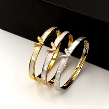 Bracelet Jewelry Stainless-Steel Pearl-Shell And Classic Women for Wholesale V-Letter