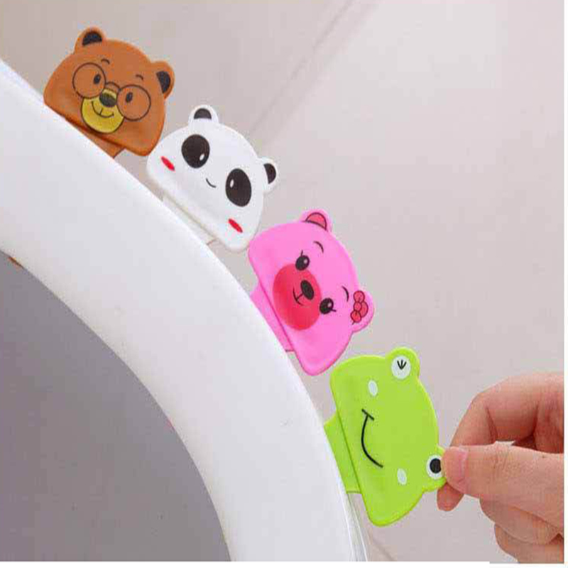 Toilet Cover Multi-animal Shape Cartoon Large Portable Toilet Handle Uncovering Device