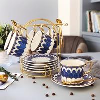 Britse Stijl Europese Keramische Kopje Koffie Set Afternoon Creatieve Mokken Huishoudelijke Eetlepel Rack Kleine Capaciteit Cup Schotel Sets Koffiewarensets    -