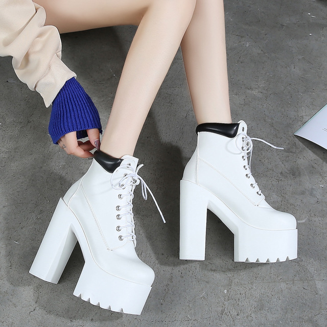 2019 autumn new 14 cm thick with super high heel Martin boots sexy nightclub catwalk short boots casual knight boots
