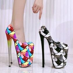 Zapatos de tacón alto con plataforma para mujer, zapatillas femeninas de tacón alto de 22cm de Nueva inclusión, de cuero PU con flores, redondos y pequeños, 2020
