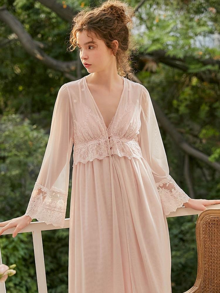 Spring Summer 2 Pieces Women's Robe Sets Long Sleeve Royal Roupas De Dormir Femininas White Embroidered Lace Sexy Sleepshirts