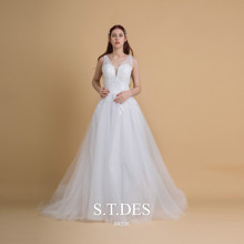 2020 S.T.DES Sexy Ivory Scoop Sheer Neck Sequined Applique Lace Bridle Gown Illusion Back Wedding Dress buttoned split back sheer floral lace dress